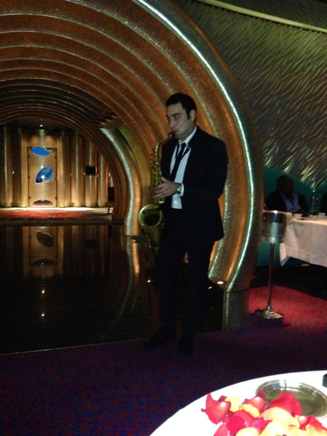 saxophone player at Al Mahara restaurant Dubai